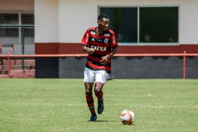 Veja quem são as vítimas da tragédia no Centro de Treinamento do Flamengo