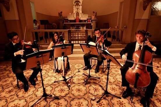 Caculé: Trio Luzes da Ribalta se apresenta nesta sexta-feira (03) no Cine Teatro Engenheiro Dórea