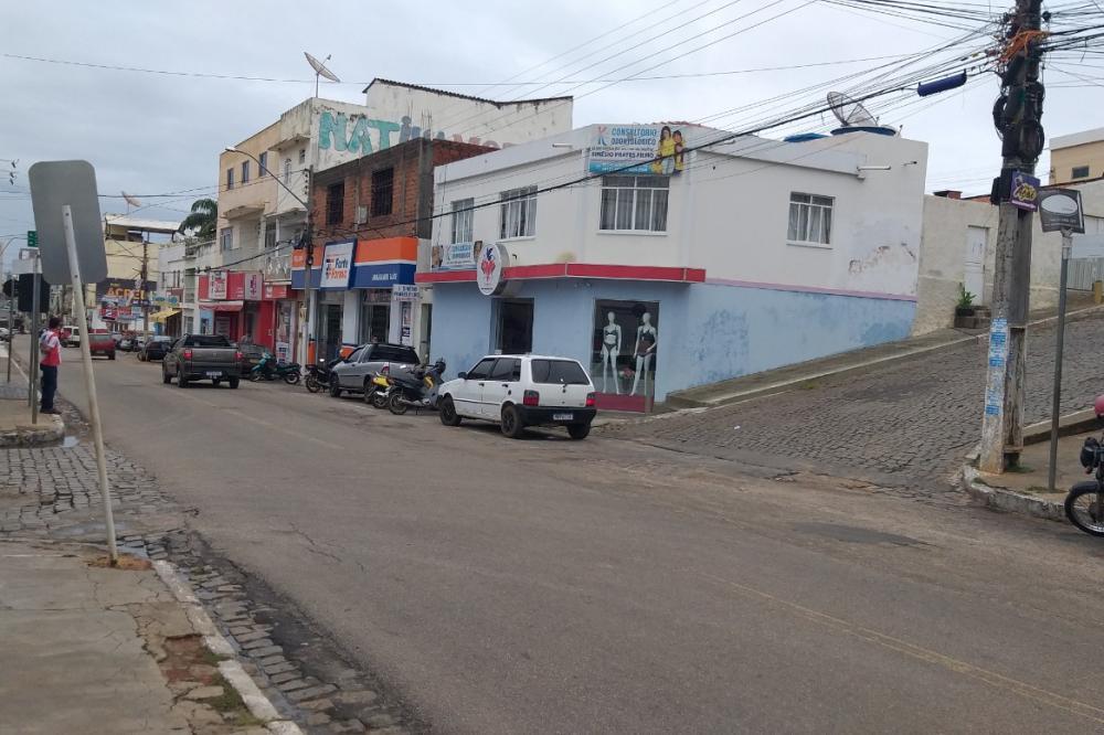 Cruzamento da Av. Cônego Miguel Monteiro com a Travessa Francisco Pinho. Foto: Aloísio Costa @aloisiocostabombom