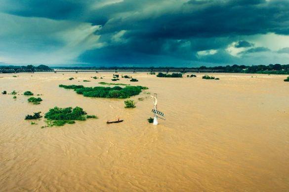 Algumas cidades ribeirinhas já estão em alerta para o risco de possíveis enchentes.