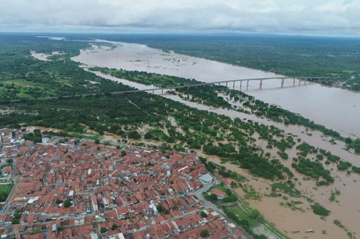 Segundo dados da Agência Nacional de Águas (ANA) e do Serviço Geológico do Brasil (CPRM), esta é a maior cheia no Velho Chico desde 2012. Neste período, o rio passou por duras secas, principalmente nos anos de 2014 e 2017.