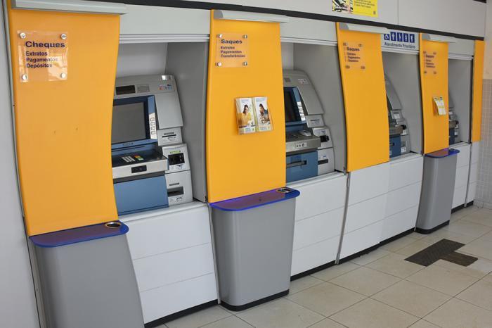 Orientação é para que os clientes usem os caixas eletrônicos e os canais digitais das Agências. Foto: Aloísio Costa