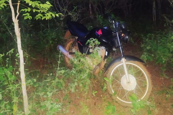 Caculé: Polícia Militar recupera moto que havia sido roubada no último dia 27 em estrada vicinal