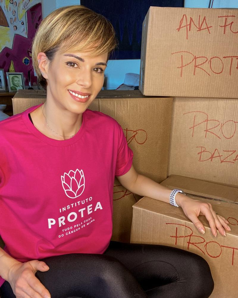 Ana Furtado promove bazar beneficente: 'Cada roupa vendida é uma mulher sendo salva'