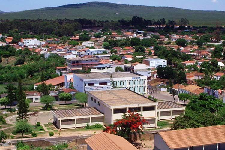 Crime ocorreu no início da noite deste domingo (14) na região central da cidade de Licínio de Almeida.
